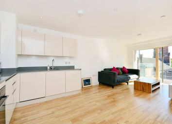 Thumbnail 2 bed flat to rent in Streatham High Road, Streatham Common