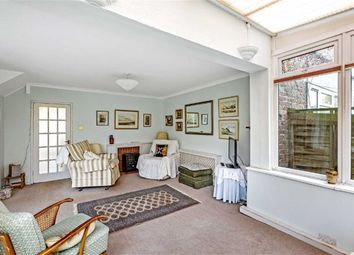 3 bed property for sale in Pearscroft Road, Fulham, London SW6