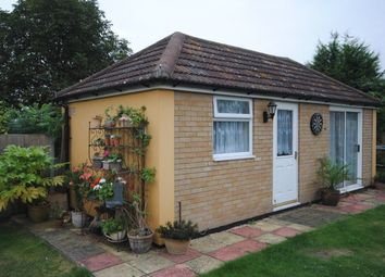 Thumbnail 1 bed flat to rent in Meadowside, Braintree