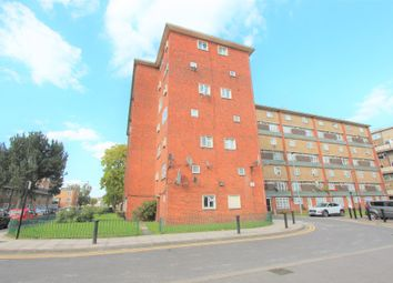 2 bed flat for sale in Chiltern House, Beaconsfield Road, London N9