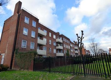 Thumbnail 1 bed flat to rent in Brangbourne Road, Bromley