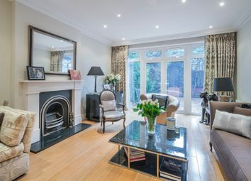 Thumbnail 6 bed property for sale in Vale Close, London
