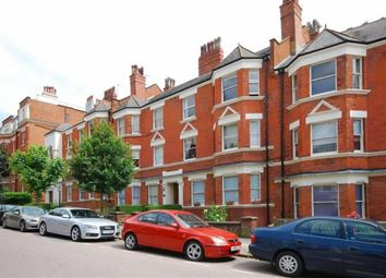 Thumbnail 3 bedroom flat to rent in Lyncroft Gardens, London