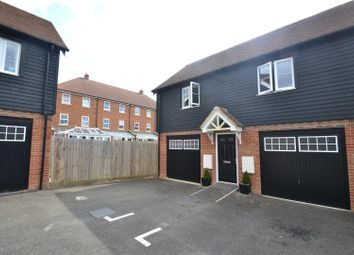 Thumbnail 2 bed flat for sale in Meadow Way, Horley