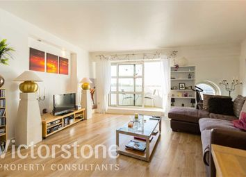Thumbnail 2 bed flat for sale in Cascades Tower, Canary Wharf, London