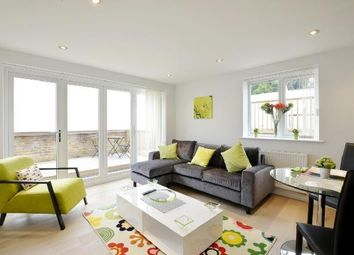 Thumbnail 2 bed flat to rent in Smith Street, Watford
