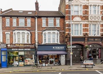 3 bed flat to rent in Richmond Villas, Chingford Road, London E17
