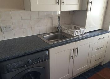 Thumbnail 1 bed flat to rent in Woodstock Avenue, Golders Green