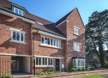 Thumbnail 2 bed flat for sale in Bassett's Campus, Spindle Mews, Starts Hill Road, Bromley Kent