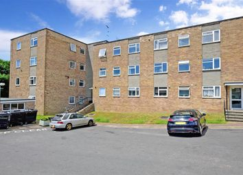 Thumbnail 2 bed flat for sale in Windsor Close, Hove, East Sussex