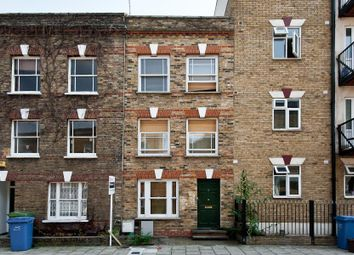 Thumbnail 4 bed property to rent in Henshaw Street, London