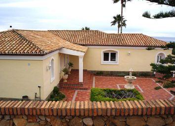 Thumbnail 3 bed villa for sale in La Duquesa, Malaga, Spain