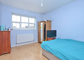 Thumbnail Room to rent in Moorlands Road, Camberley