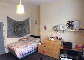 3 bed shared accommodation to rent in Holberry Close, Sheffield, South Yorkshire S10
