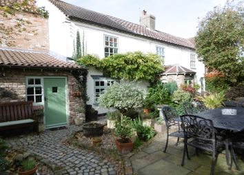 Thumbnail 4 bed cottage for sale in South Moor Road, Walkeringham, Doncaster