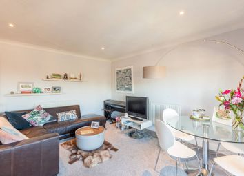 Thumbnail 1 bedroom flat for sale in Ferndale Road, Clapham North, London