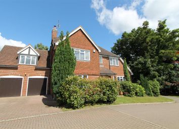 Thumbnail 5 bed detached house for sale in Handpost Lodge Gardens, Hemel Hempstead