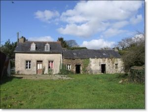 Thumbnail 2 bed country house for sale in Plonevez-Du-Faou, Finistere, 29530, France