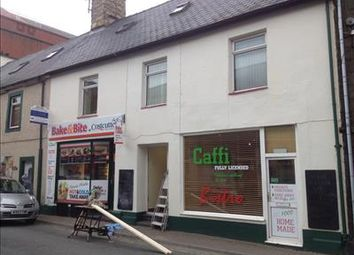Thumbnail Restaurant/cafe for sale in Cafe With Flat (Reduced), Penlan Street, Pwllheli, Gwynedd