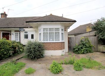 2 bed property for sale in Gaston Bridge Road, Shepperton TW17