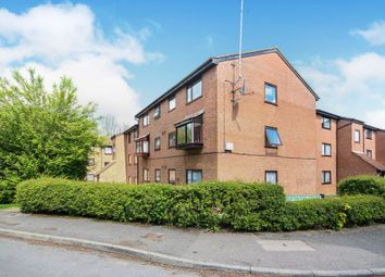 Valley Green, Hemel Hempstead HP2. 2 bed flat