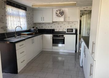 Thumbnail 3 bed mobile/park home for sale in Vicarage Lane, Hoo, Rochester, Kent
