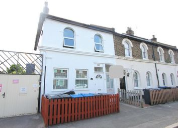 2 bed maisonette for sale in Holmesdale Road, South Norwood SE25