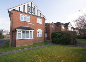 Thumbnail 2 bed flat to rent in Milton Road, Aylesbury