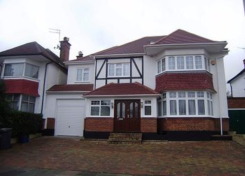 Thumbnail 6 bed detached house to rent in Foscote Road, Hendon, London