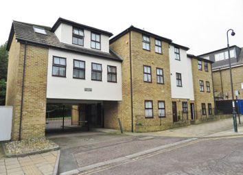 Thumbnail 2 bedroom flat to rent in Queens Road, Buckhurst Hill