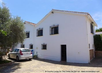 Thumbnail 4 bed country house for sale in Spain, Málaga, Alhaurín El Grande