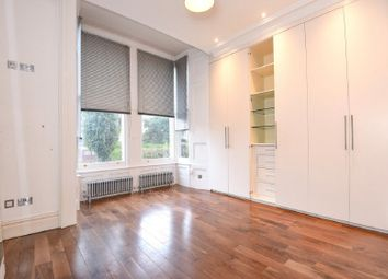 Thumbnail 2 bed barn conversion to rent in Lyndhurst Road, London
