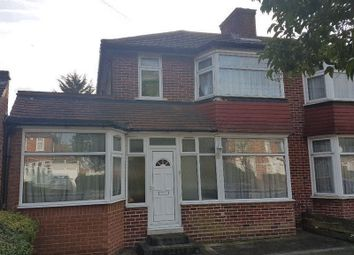 Thumbnail 4 bed property to rent in Broadcroft Avenue, Stanmore