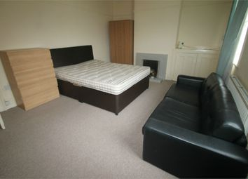 Thumbnail 3 bed flat to rent in Prospect Street, Caversham, Reading