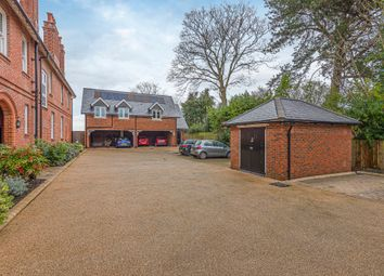Thumbnail 1 bed flat for sale in Park Road, Winchester