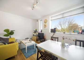 Thumbnail 2 bedroom flat to rent in Parkway, London