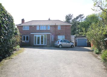 Thumbnail 4 bed detached house for sale in Moreton Place, Harpenden, Hertfordshire