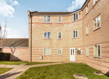 Thumbnail 2 bedroom flat for sale in Rookes Crescent, Chelmsford
