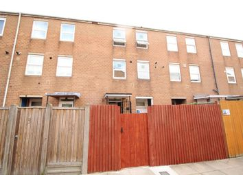 Thumbnail 2 bed town house to rent in Lyneham Walk, Hackney