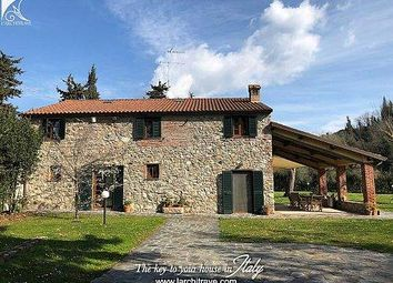Thumbnail 4 bed town house for sale in 55045 Pietrasanta, Province Of Lucca, Italy