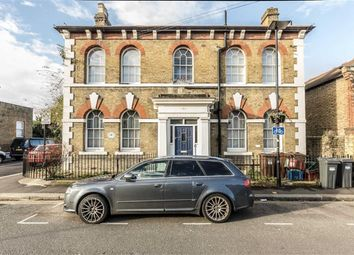 Thumbnail 2 bed flat to rent in Worple Road, Isleworth