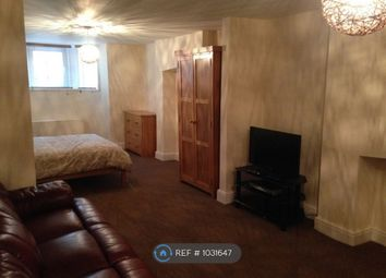 Room to rent in Lawrence Road, Portsmouth PO5