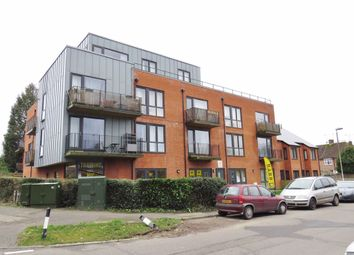 Thumbnail 2 bed flat to rent in Holtye Avenue, East Grinstead
