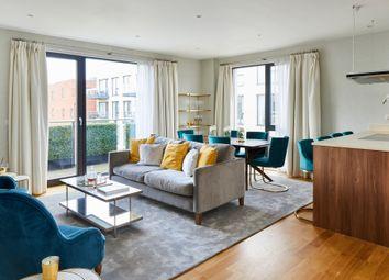 Thumbnail 3 bed flat for sale in Llanvanor Road, Golders Green, London