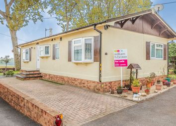3 bed mobile/park home for sale in West Park Homes, Darrington, Pontefract WF8