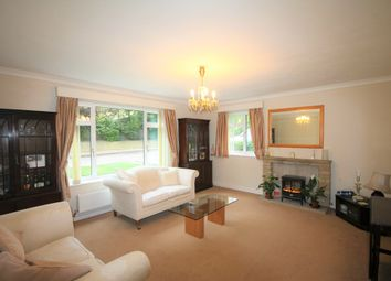 Thumbnail 2 bed flat to rent in The Knoll, Beckenham