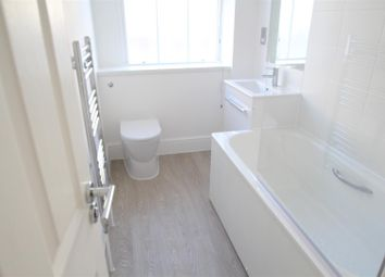Thumbnail 2 bedroom flat to rent in Peabody Estate, Camberwell Green, London