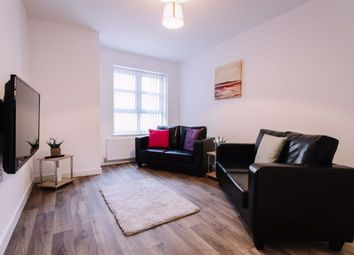 Thumbnail 2 bed flat to rent in Beverley Road, Hull