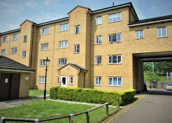 Thumbnail Studio to rent in Wellington House, Kidman Close, Romford, Essex