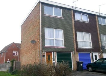 Thumbnail 3 bed property to rent in Layburn Crescent, Langley, Slough